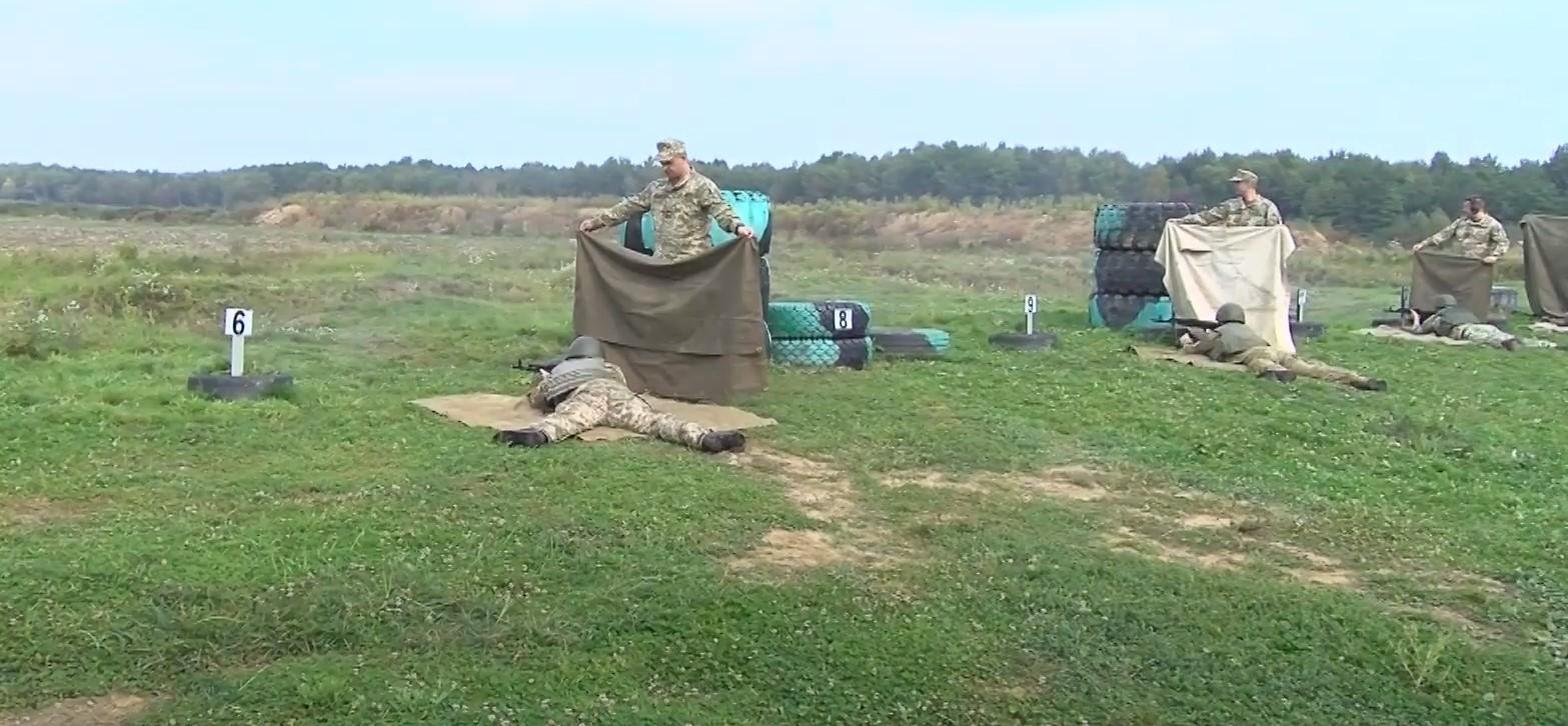 На Лисецькому полігоні провели Єдиний стрілецький день. Відео